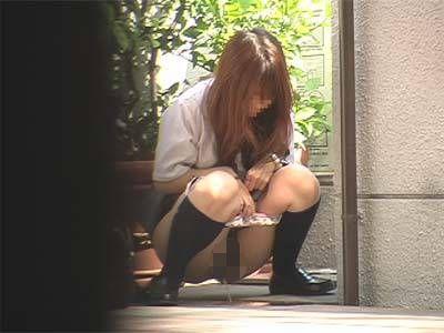 過激隠撮SP 街中の放尿・脱糞女子校生7